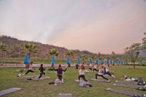 Clases de yoga en el Parque Bicentenario