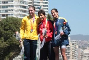 Bárbara Riveros oro en triatlón santiago 2014